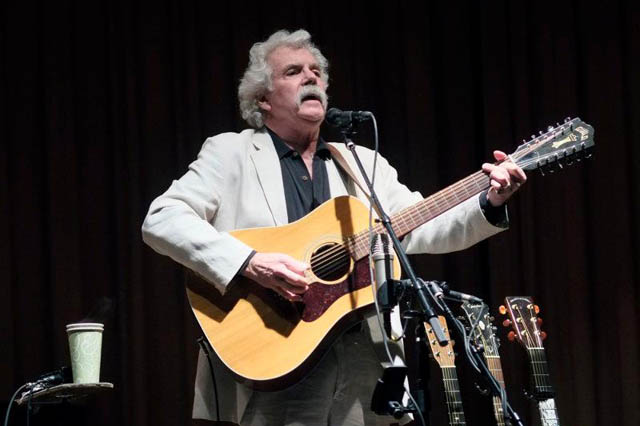 Tom Rush plays at Oakes AmesMemorial Hall